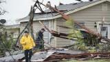 Колко ще струват на икономиката ураганите Харви и Ирма?